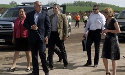 """Строителят на Лот 3 на магистрала """"Тракия"""" (гръцката компания """"Актор"""") ще полага отново за своя сметка асфалт върху участък от трасето"""