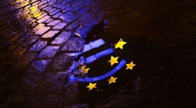 Европейската централна банка е спряла да осигурява с ликвидност няколко банки в Гърция