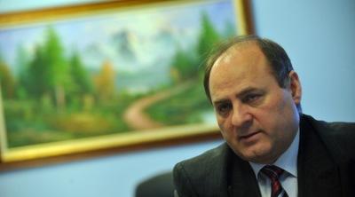 Евтим Костадинов и още трима запазват постовете си в новия състав на комисията по досиетата