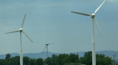 Токът ще поскъпне с 10% от юли, вероятно заради зелената енергия