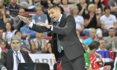 Управителният съвет на Българската федерация по волейбол върна Радостин Стойчев за селекционер на националния тим