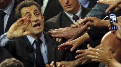 Социолози: Саркози губи изборите, но няма да се даде без бой