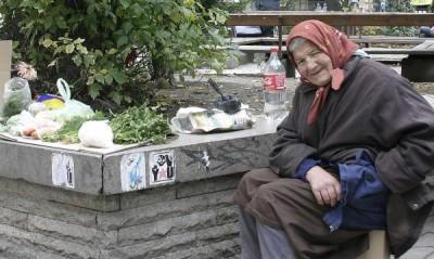 Над половината българи живеят в лишения