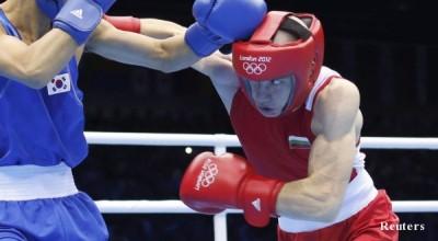 Българинът Александър Александров - Памперса постигна фантастична победа в категория до 49 килограма на боксовия турнир на Игрите в Лондон.