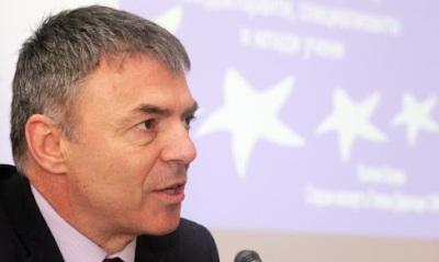 Христо Ботев остава в българските учебници и при това непроменен