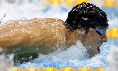 Фамозният американски плувец Майкъл Фелпс продължава да пише история на Олимпийските игри в Лондон, след като извоюва 16-а си титла,
