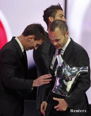 Роберто Карлос: Роналдо е сърдит заради Иниеста