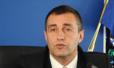Борисов дава урок по ораторство на Свилен Нейков