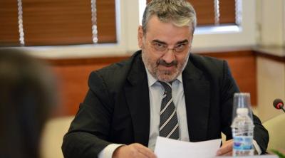Ново поскъпване на тока с 3-4 процента прогнозира Ангел Семерджиев