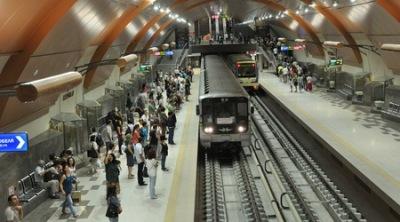Човек загина в тунела на метрото, движението вече в възстановено