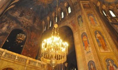 15-те епархии у нас и в чужбина днес трябва да бъдат избрани 80 делегати за патриаршеския избирателен събор, който ще се състои на 24 февруари.