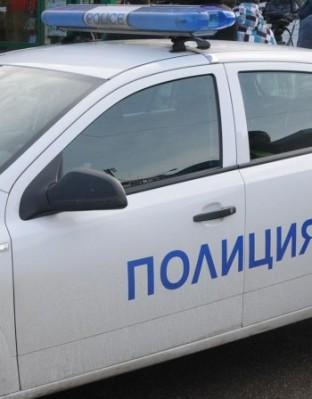 Трима маскирани са откраднали голяма сума пари от клон на банка в Бургас