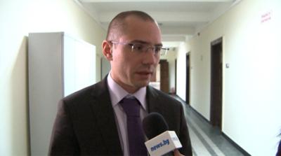 Джамбазки: Новите електромери отчитат двойно