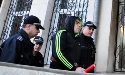 Родителите на убитата Женя от Варна настояха извергът, погубил дъщеря им, както и поръчителят на престъплението – лелята на момичето, да получат доживотни присъди без право на замяна